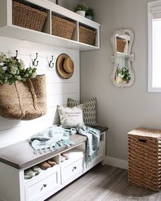 Good morning friends and happy Saturday! I get so many great questions about this mudroom Ikea hack and I'm always flattered by how many of you want to recreate it! It's really an easy way to make a s Ikea Hallway, Hallway Storage, Ikea Storage, Bench With Storage, Storage Ideas, Ikea Entryway, Wall Storage, Ideas Cabaña, Decor Ideas