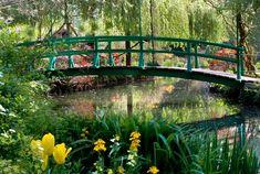 La maison et le jardin de Claude Monet à Giverny, ses fleurs, son pont japonais