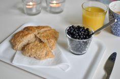 Lunsj Fika, Omelette, Scones, Tea Time, French Toast, Sandwiches, Berries, Lunch, Breakfast