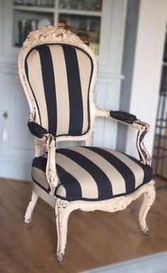 chair love :) @Lindy Faulkner Faulkner Faulkner Faulkner Murphy for that new chair you have!