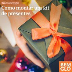 Quer saber como você pode deixar os presentes de Natal mais interessantes? Confira a dica de hoje e monte kits de presente pra lá de completos e lindos.