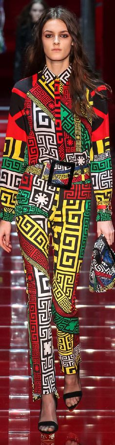 Fall 2015 Ready-to-Wear Versace