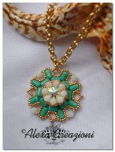 """Ciondolo """"Emerald"""" progetto di Agape Bijoux"""