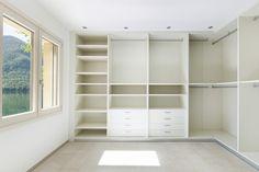 Diseña tu propio armario según tus necesidades.