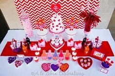 Hostess with the Mostess® - Love Crush Kids Valentine's Party