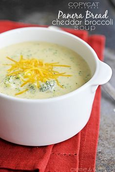 Copycat Panera Bread Cheddar Broccoli Soup Recipe by Creme de la Crumb Copycat Soup Recipe, Copycat Recipes, Soup Recipes, Cooking Recipes, Recipies, Recipes Dinner, Easy Recipes, Vegetarian Recipes, Panera Bread