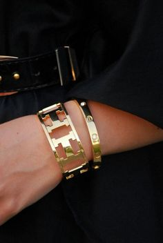 8b4793b1276b Tendance Bracelets – Hermes, Cartier  I would kill for one of these!  ESPECIALLY that Cartier one… Tendance   idée Bracelets Description Hermes,  ...
