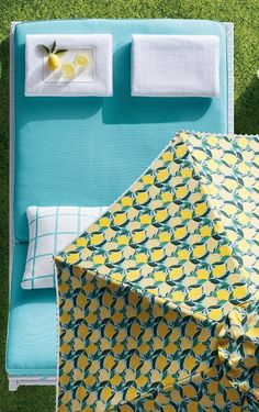 Keep cool all day under our designer umbrella featuring refreshingly colorful lemons, green leaves and white pom-poms trim. The vented canopy is crafted of premium, Sunbrella® solution-dyed acrylic fabric that resists fading, stains and mildew so it will stay bright and colorful, year after year.