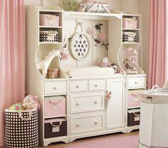 Est es el mueble cambiador de mis sueños! de la tienda Pottery Barn Kids.. les gusta?