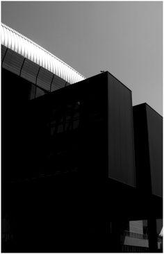 ©yama-bato, Architecture
