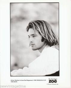 Original-Studio-8X10-B-W-Photo-SEXY-OLIVER-MARTINEZ-1996