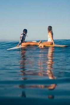 Eyes on the horizon surf
