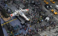 Times Square - The Big Picture - The Boston Globe (Over 5M Lego's to make - picture from Summer 2013)