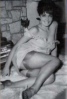 Tits Erotica Joan Sims  nudes (24 photo), iCloud, butt