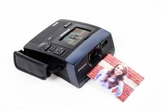 Bring Back Instant Photography With the Polaroid Polaroid Instant Camera, Instant Film Camera, Nikon Dx, Camera Nikon, Best Camera For Photography, Photography Tips, Camera Deals, Camera World, Best Digital Camera