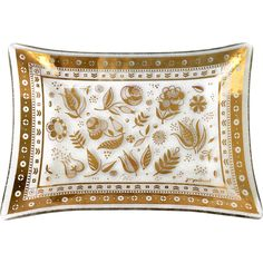 Here is a beautiful Mid Century Georges Briard Persian Garden 22 Karat Gold rectangular bent glass tray. Persian Garden is a pattern of different