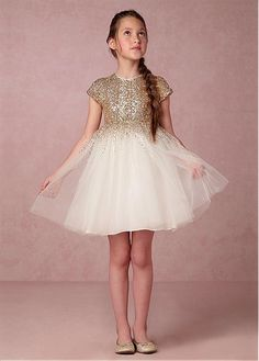 611ddcf64c Magbridal Sparkling Tulle   Sequined Lace Jewel Neckline A-Line Short Flower  Girl Dresses