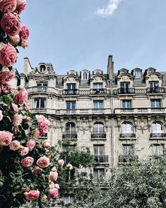 04-Travel Diary | A Summer Day in Paris-This Is Glamorous