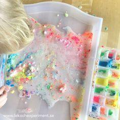 Experiment för barn med bakpulver och vinäger