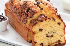 Cake au yaourt et pépites de chocolat au Thermomix, recette d'un bon gâteau au yaourt moelleux avec une touche de chocolat, facile à faire au thermomix