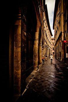 Lucca: Lucca, Italy  Sfoglia le Offerte!