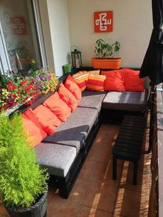 Diy sofa from pallets