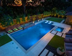 Having a pool sounds awesome especially if you are working with the best backyard pool landscaping ideas there is. How you design a proper backyard with a pool matters. Small Backyard Pools, Backyard Pool Landscaping, Backyard Patio Designs, Swimming Pools Backyard, Swimming Pool Designs, Outdoor Pool, Indoor Swimming, Lap Swimming, Modern Backyard