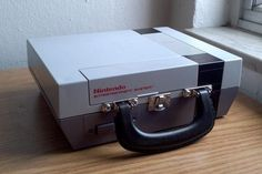 Lunch Box Made From a Nintendo Console