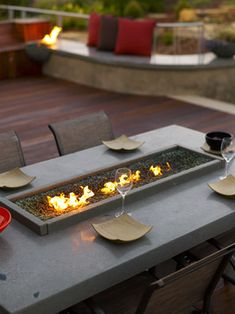 A fire pit makes a great design element for your backyard or patio. We have a collection of outdoor fire pit design photos for inspiration Table Design, Patio Design, Concrete Design, Food Design, Design Ideas, Outdoor Rooms, Outdoor Dining, Outdoor Areas, Outdoor Parties