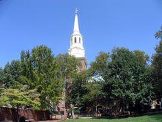 La Christ Church de #Philadelphia es más conocida como Iglesia de la Nación, por los líderes de la revolución que acudían a rezar en ella. Se fundó en 1695 y fue la primera parroquia anglicana en #Pennsylvania. http://www.nuevayork.travel/ciudades-para-visitar/filadelfia/ #turismo #viajar #USA #EstadosUnidos