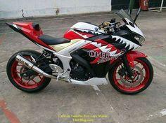 Yamaha R25 Yamaha R25, Yamaha Sport, Motorcycle Bike, Racing, Mixers, Vehicles, Pink, Motorbikes, Running