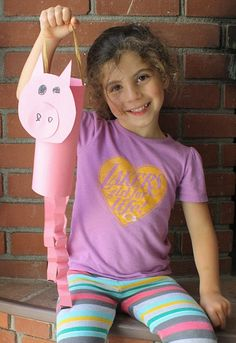Not only are these farm animal windsocks an adorable craft for kids, but they also provide a fun way to practice cutting and glueing skills. Farm Animals Preschool, Farm Animal Crafts, Animal Crafts For Kids, Craft Activities For Kids, Preschool Crafts, Vbs Crafts, Paper Crafts, Farm Lessons, Farm Unit