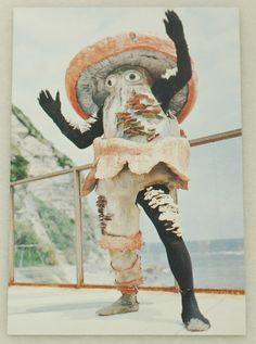 Attack of the Fungi - Mushroom Costume Mushroom Costume, Mushroom Hat, Charles Freger, Japanese Monster, Bizarre, Halloween Kostüm, Weird And Wonderful, Wearable Art, Art Inspo