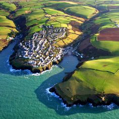 Port Isaac in England. Still so much to see here..