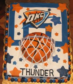 Okc Thunder Cake My son is turning 13 on April n his idea for his b'day party is his favorite team. He Luvs this cake, so we're going for it! 13th Birthday Parties, Minnie Birthday, Sweet 16 Birthday, 9th Birthday, Birthday Celebration, Birthday Ideas, Birthday Cakes, Birthday Board, Thunder Cake