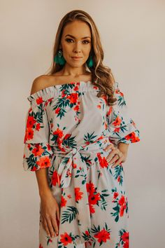 This statement sleeve jumpsuit is a refreshing take on our classic jumpsuit. It has a pocket and sash detail at the elasticated waistline. Wear off the shoulder or on the shoulder. Oversized Clutch, Jumpsuit With Sleeves, Sash, Casual Wear, Off The Shoulder, Floral Tops, Pocket, Detail, Classic