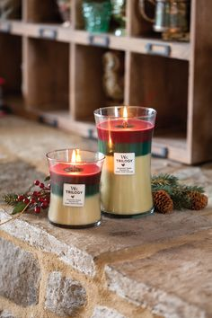 Świece świąteczne  / Christmas candles Wood Wick Trilogy - Christmas Classic