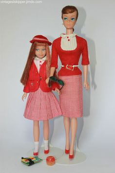 Skipper, Barbie, Francie, Tutti ... matching/coordinating outfits - Skipper Website Barbie Skipper, Play Barbie, Barbie Doll House, Girl Barbie, Barbie Style, Barbie Sisters, Barbie Family, Vintage Barbie Clothes, Vintage Dolls