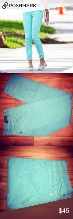 Levi's Teal skinny Jeans Levi Strauss Denim Jeans 524  Size 5  - Color: teal - Turquoise  - Skinny jeans, hugged fit  - Comfortable & hipster  - NWOT. Perfect new condition  - Vintage style - 90's Grunge Levi's Jeans Skinny