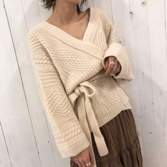wave cable moist knit gown Cable Knit Sweater Dress, Knitted Coat, Knit Fashion, Womens Fashion, Cool Sweaters, Outdoor Outfit, Knitting Designs, Thing 1, Sweater Weather