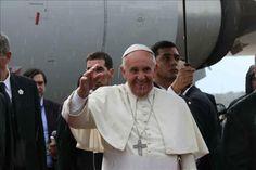 Un EEUU con menos católicos y parroquias más latinas espera al papa  http://www.elperiodicodeutah.com/2015/09/noticias/estados-unidos/un-eeuu-con-menos-catolicos-y-parroquias-mas-latinas-espera-al-papa/