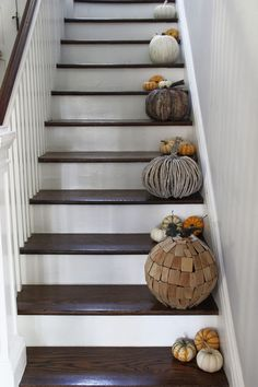 Vintage Lovers Fall Home Tour - Kelly Elko Autumn Decorating, Pumpkin Decorating, Decorating Your Home, Decorating Ideas, Vintage Bar Carts, Vintage Stool, Old Baskets, Baskets On Wall, Fall Home Decor