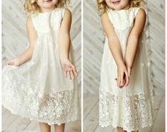beach flower girl dress junior bridesmaid por CountryCoutureCo
