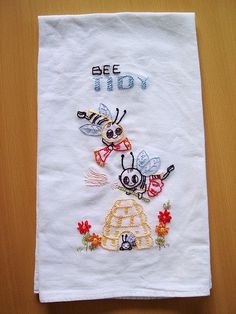 old fashioned tea towels from craft blogger Floresita.