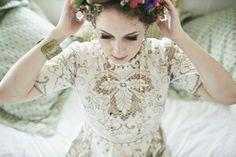 Vintage boho custom lace wedding dress by Kitsch Bitsch // photography by Meg Smith