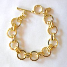love love love this bracelet for a holiday gift... great price, too!