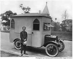 Historic Mobile Chapel..well. this is a neat concept..have Church, will travel..