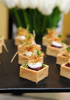 Canapes Recipes, Tart Recipes, Appetizer Recipes, Cooking Recipes, Canapes Ideas, Easy Canapes, Mini Appetizers, Catering Food, Le Diner