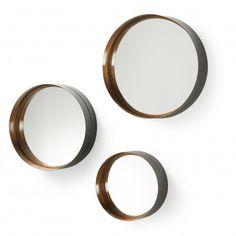 WILSON set van 3 ronde spiegels. Mooie wanddecoratie om je woning aan te kleden vind je bij stylmart.be. Bezoek onze showroom in Rumst, Doelhaagstraat 77/4 - 7/7 van 9-21u.