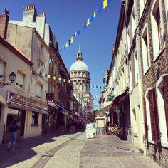 Boulogne-Sur-Mur
